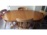 Soild Oval Extending Dining Room Table & 6 Chairs