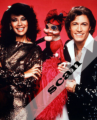 Solid Gold Andy Gibb & Marilyn McCoo ventriloquist dummy MADAME 8x10 PHOTO #1321 ()
