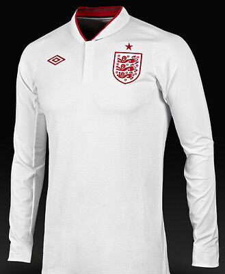 England Home Football Shirt Medium Boys 9-10 yrs long sleeve Umbro New