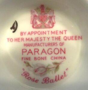 Lot of 4 beautiful tea cups and saucers fine English bone china Gatineau Ottawa / Gatineau Area image 6