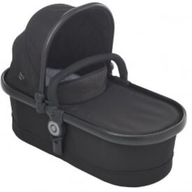 Immaculate icandy peach 3 travel system black noir