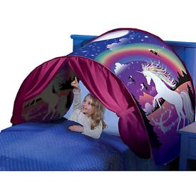 Deluxe Dream Tents Unicorn Fantasy