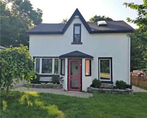 Quiet And Family Friendly David St Houses On Great Location!