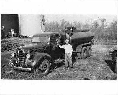 Ford Oil Tanker - 1939 Ford Oil Tanker Truck Press Photo 0290