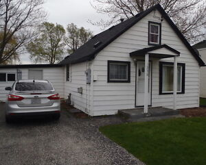 1256 COUNTY RD 31 LAKESHORE *OPEN HOUSE* SUNDAY MAY 29, 2-4PM