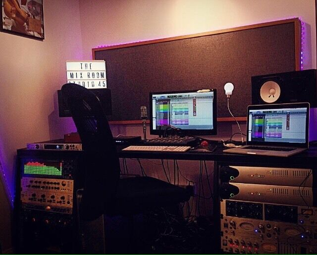 Music Producer/Mixer/Engineer with Recording Studio in E2, 30% OFF DEAL on all Sessions or DRY HIRE