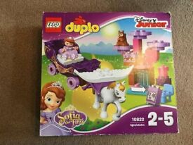 Lego Duplo - 'Sofia the First' complete set (# 10822)