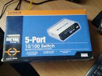 Cisco (Linksys) SD205 5 Port Switch