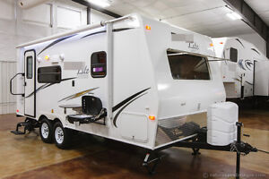 New-2015-21FBRS-Lightweight-Slide-Out-Micro-Lite-Travel-Trailer-Camper-For-Sale