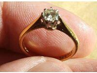18ct gold diamond ring set in platinum