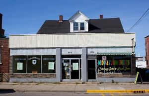 3 COMMERCIAL + 4 APT UNITS/INCOME POTENTIAL/PARKING IN MIDDLETON