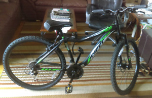 "New Men's 26"" Hyper Viking Trail Aluminum Mountain Bike"