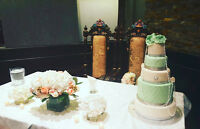 wedding cakes and dessert tables