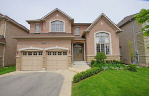 Beautiful Single home, Fully finished in Meadowland Ancaster