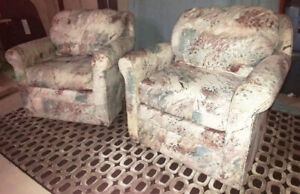 2 Matching Living Room Arm Chairs