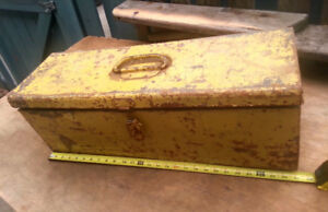 BIG OL YELLOW TOOL BOX  almost 27 inches long