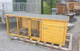 1mt tall Wooden dog kennel with roofed side pen