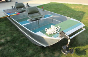 Spratley 12 ft boat with swivel seats and electric motor