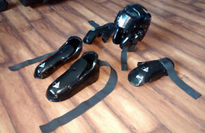 Martial Arts Sparring Gear-5 Piece with Carry Bag Adult Size M/L