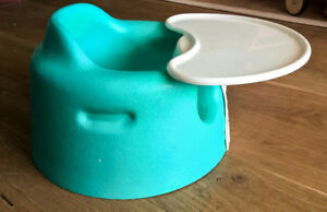 Baby bumbo seat with tray