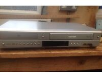 Toshiba DVD video and VCR player