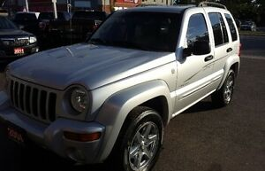 2004 Jeep Liberty Limited SUV, Crossover 2 yrs war Cambridge Kitchener Area image 3