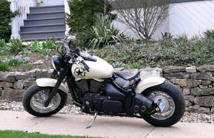 03 Suzuki bobber