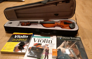 Size 3/4 Violin with Books