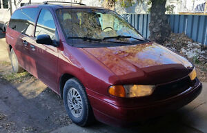 1998 Ford Windstar Minivan, Van Moose Jaw Regina Area image 1