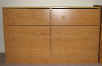 Dresser (6 Drawer) maple Finish retailed at 150
