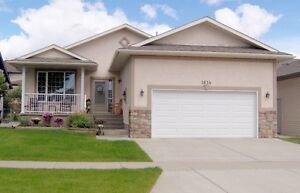 GREAT BUNGALOW -1485sq ft (2970sq ft useable) HIGH RIVER