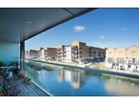 **MODERN CANAL FACING APARTMENT IN MILE END NEAR VICTORIA PARK, THE CITY & CANARY WHARF**