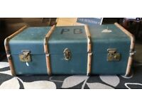 Vintage Retro Trunk Case - Travel Luggage - Storage - Blanket Box - Suitcase