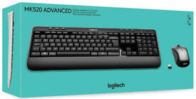 Logitech MK 520 Wirless Keyboard and mouse NEW