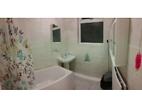 3 doubles avaibale now! Only 5 min by walk to Edmonton Green station