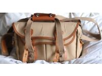 -5% for collection only Classic Professional Billingham 335 Camera Bag Tan Leather & Khaki Canvas.