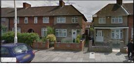 ***BEAUTIFUL 3 BEDROOM HOUSE TO LET IN DAGENHAM LONGBRIDGE ROAD, (RM8)