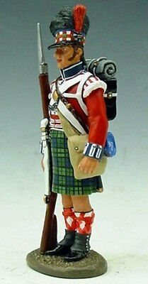 KING & COUNTRY THE AGE OF NAPOLEON NA036 42ND HIGHLANDER AT ATTENTION MIB