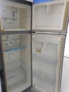 (MFF 436) Second Hand Fridge / Freezer WHIRLPOOL 269L Bundall Gold Coast City Preview
