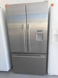 ( MFF 280 ) Second Hand Fridge / Freezer F&P 610 L Bundall Gold Coast City Preview