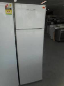 (MFF 424) Second Hand Fridge / Freezer F&P 249 L Bundall Gold Coast City Preview