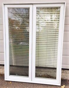 Fenêtre à manivelle à vendre