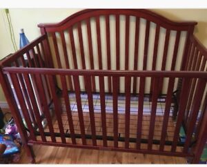Crib for sale! 55$ if you pick up today