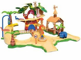 Jungle junction playset with extra figures