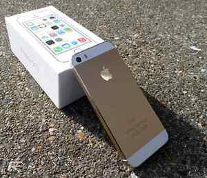 2 Months Old - Iphone 5S - Rogers - 240$ - All Acc. Included