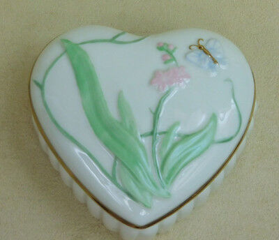 LENOX TREASURE BOX, BUTTERFLY HEART- SHAPED TREASURE BOX, IVORY FINE CHINA,