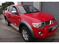 Mitsubishi l200 RAGING BULL limited edition LOW MILEAGE AUTO