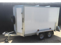 Box Trailer Tickners GT 8' x 5' x 5' in White / Karting Trailer - Shaped Front