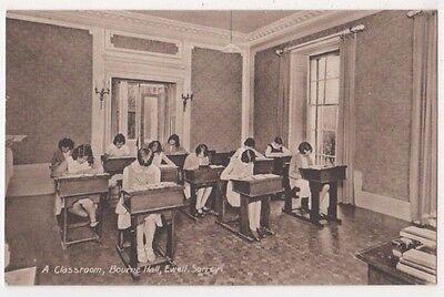 A Classroom, Bourne Hall, Ewell Surrey Postcard B751