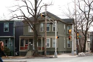 3 Bedroom Apartment - Robie St / Jubilee St - $600 each - May 1